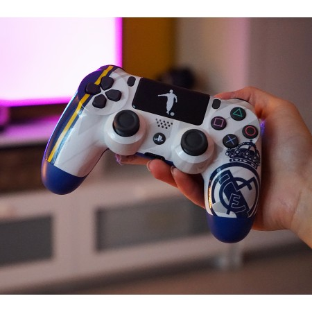 Real Madrid PS4 ovladač